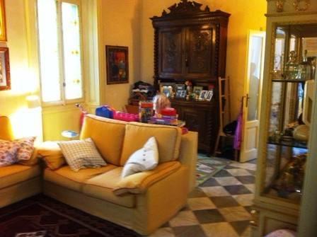 Villa in vendita a Pavia, 6 locali, prezzo € 750.000 | Cambio Casa.it