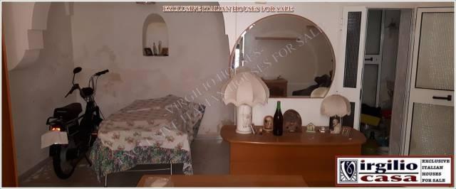 Casa Indipendente da ristrutturare parzialmente arredato in vendita Rif. 4292267
