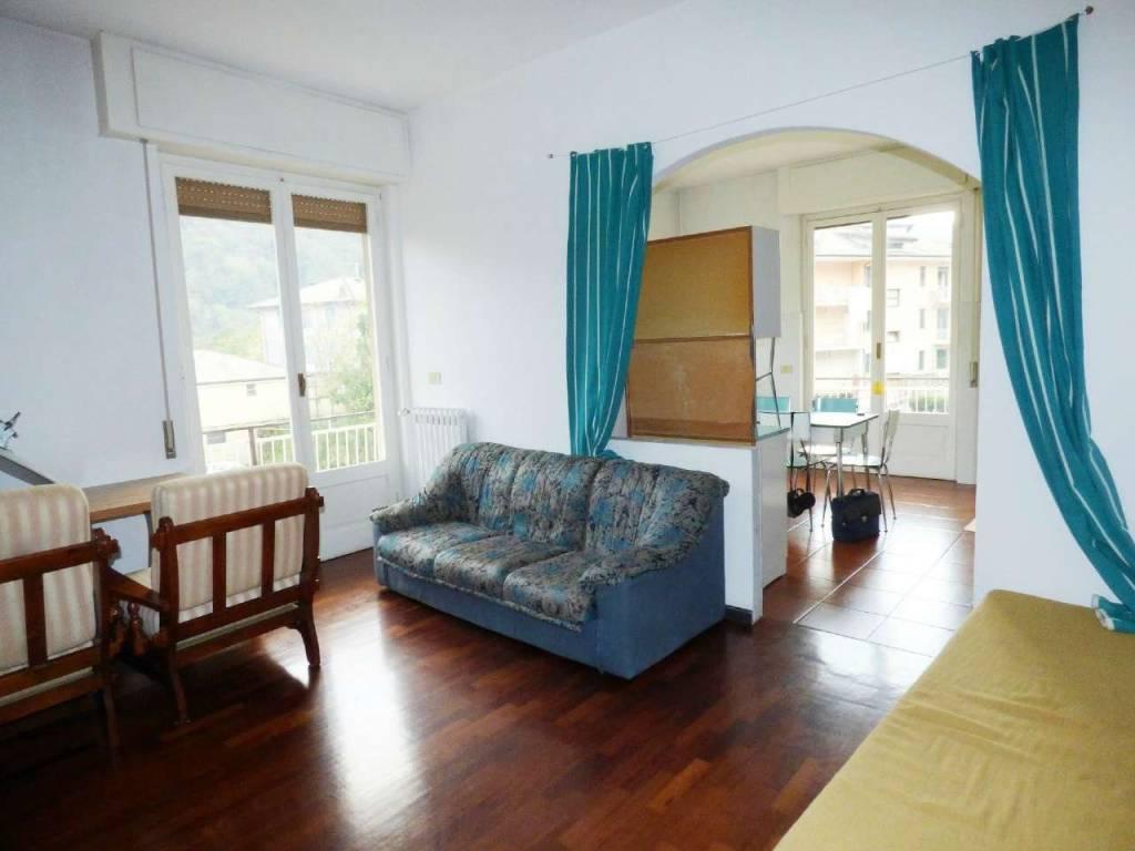 Appartamento in vendita a Cicagna, 4 locali, prezzo € 100.000 | CambioCasa.it