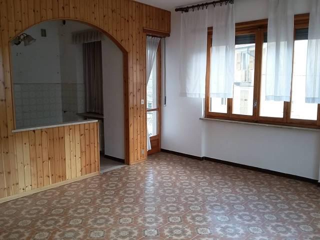 Appartamento in buone condizioni in vendita Rif. 7334019