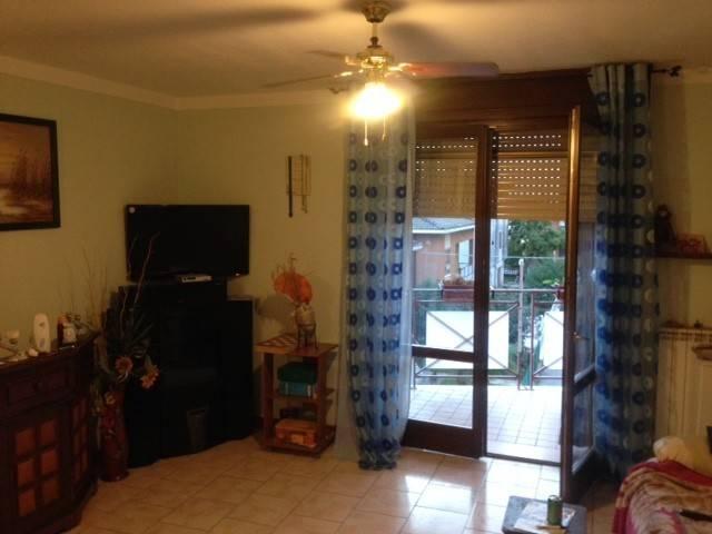 Appartamento in buone condizioni parzialmente arredato in vendita Rif. 5059738