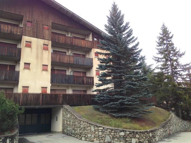 Appartamento in buone condizioni arredato in affitto Rif. 4205209