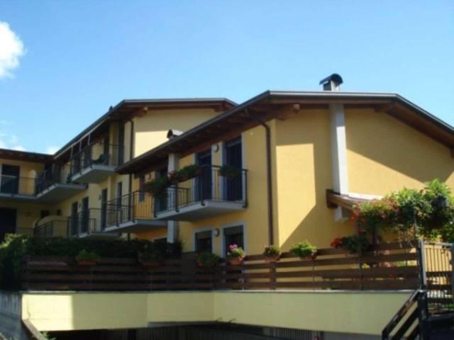 Appartamento in vendita a Morbegno, 3 locali, prezzo € 115.000 | CambioCasa.it