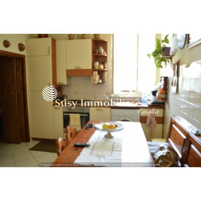 Appartamento in buone condizioni parzialmente arredato in vendita Rif. 8287826