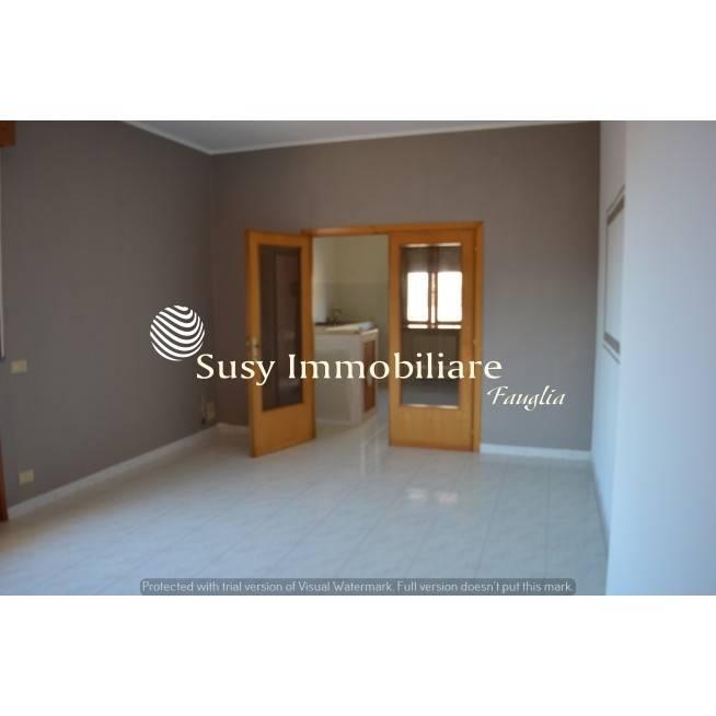 Appartamento in buone condizioni in vendita Rif. 8287813