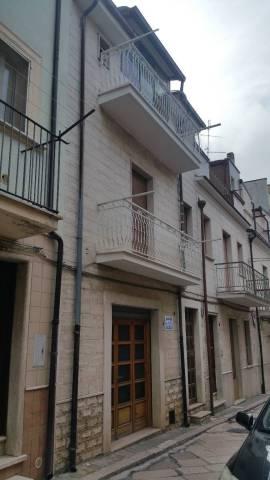 Casa Indipendente in buone condizioni in vendita Rif. 6946938