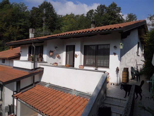 Appartamento in ottime condizioni in vendita Rif. 4183541