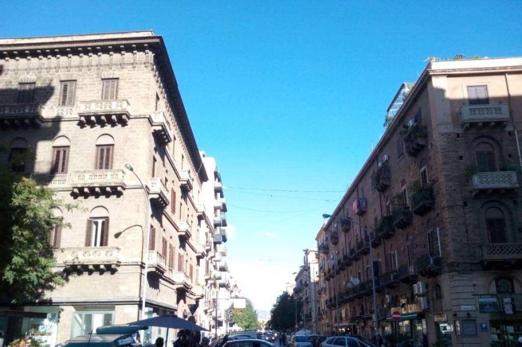 Ufficio-studio in Vendita a Palermo Centro: 2 locali, 30 mq