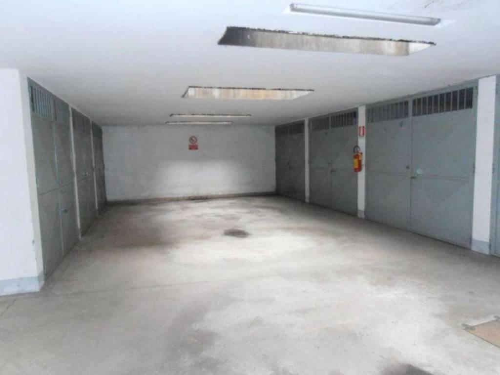 Foto 1 di Box / Garage via Triesta 22, Rivoli