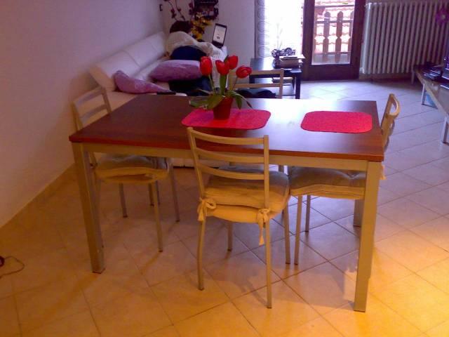 Appartamento in buone condizioni arredato in vendita Rif. 4458674