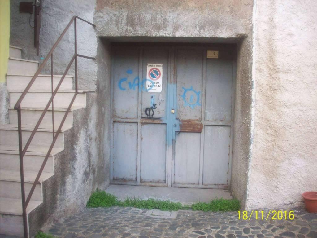 Magazzino in vendita a Ariccia, 9999 locali, prezzo € 18.000 | CambioCasa.it