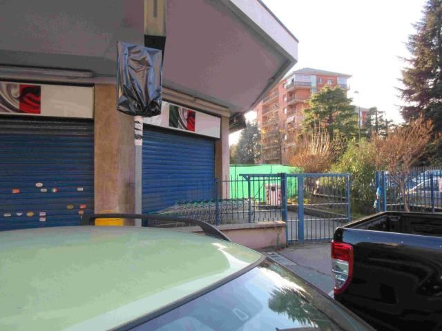 Negozio / Locale in vendita a Beinasco, 1 locali, Trattative riservate   CambioCasa.it