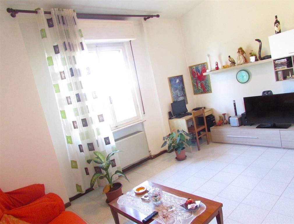 Appartamento in buone condizioni in vendita Rif. 5086813