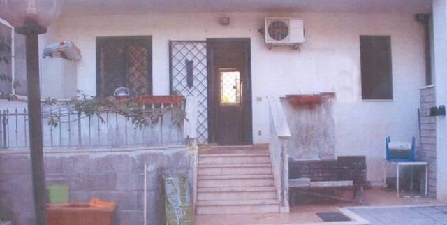 Bilocale Ardea Via Pisa 11