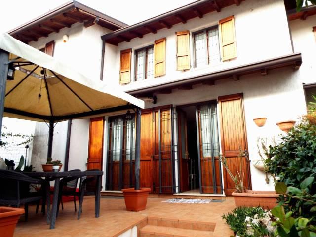 Villa a Schiera in vendita a Ghedi, 5 locali, Trattative riservate | Cambio Casa.it