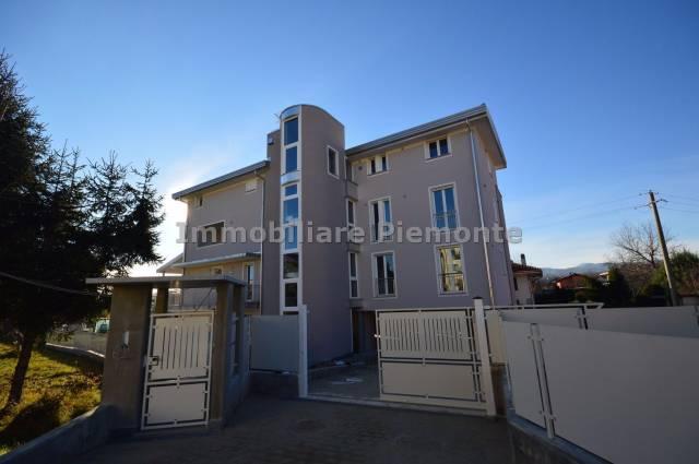 Appartamento in vendita a Borgomanero, 4 locali, prezzo € 275.000   CambioCasa.it