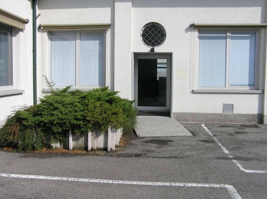 Immobile Commerciale in vendita a Fino Mornasco, 20 locali, prezzo € 1.700.000 | PortaleAgenzieImmobiliari.it
