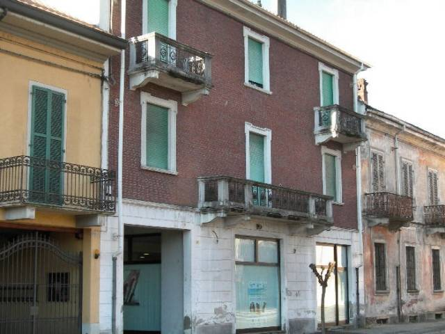 Appartamento in buone condizioni in vendita Rif. 4288296