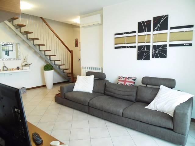 Appartamento in vendita via Bellini 26 Busnago