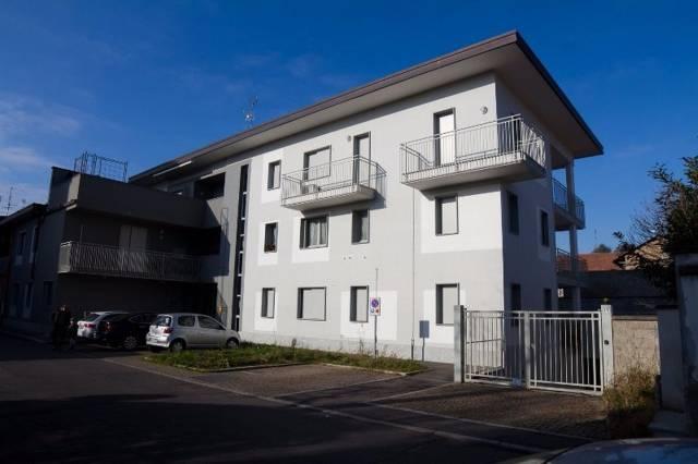 Appartamento in vendita a Cerro Maggiore, 3 locali, prezzo € 145.000 | CambioCasa.it