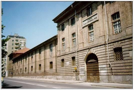 Ampio stabile storico in centro a Vercelli (VC)
