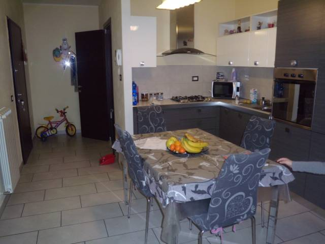 Appartamento in vendita a Agliana, 3 locali, prezzo € 189.000 | Cambio Casa.it