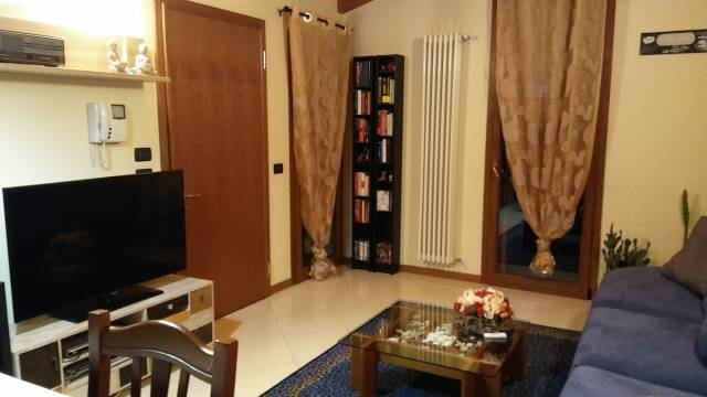 Appartamento in ottime condizioni arredato in affitto Rif. 4283369