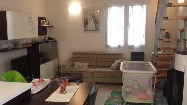Appartamento in ottime condizioni parzialmente arredato in vendita Rif. 4399182