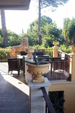 Villa in vendita a Santa Marinella, 6 locali, prezzo € 610.000 | Cambio Casa.it