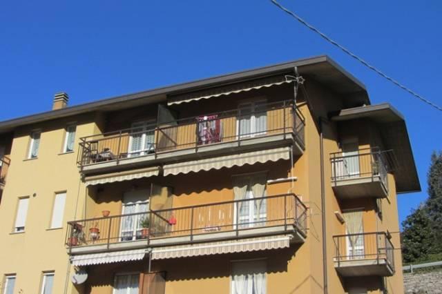 Appartamento in vendita a Zogno, 3 locali, prezzo € 135.000 | CambioCasa.it