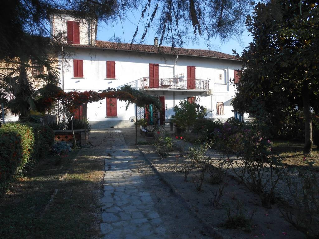Foto 1 di Rustico / Casale Castello Di Annone