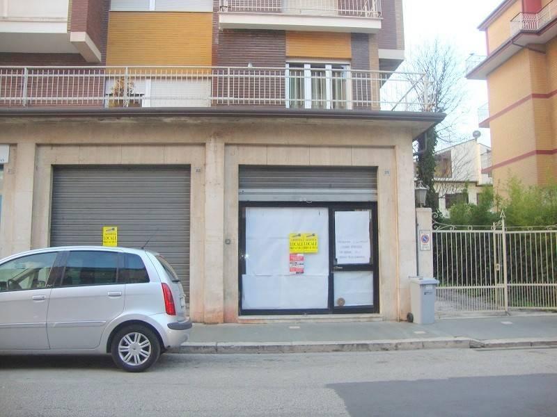 Locale commerciale su Corso Risorgimento Rif. 8035848