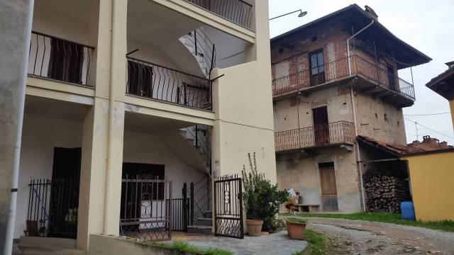 Casa Indipendente in buone condizioni in vendita Rif. 4183544