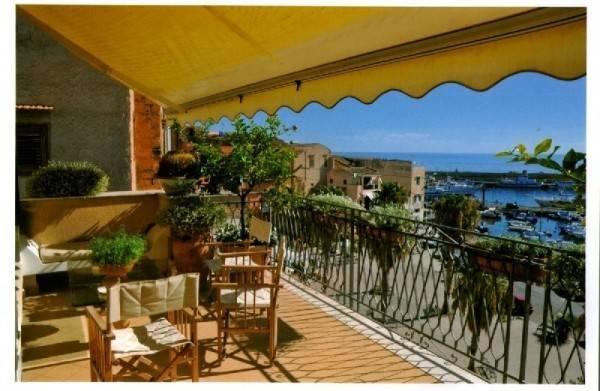 Palazzo / Stabile in vendita a Santa Flavia, 6 locali, prezzo € 300.000 | Cambio Casa.it