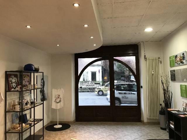 Negozio / Locale in affitto a Pinerolo, 1 locali, prezzo € 500 | Cambio Casa.it