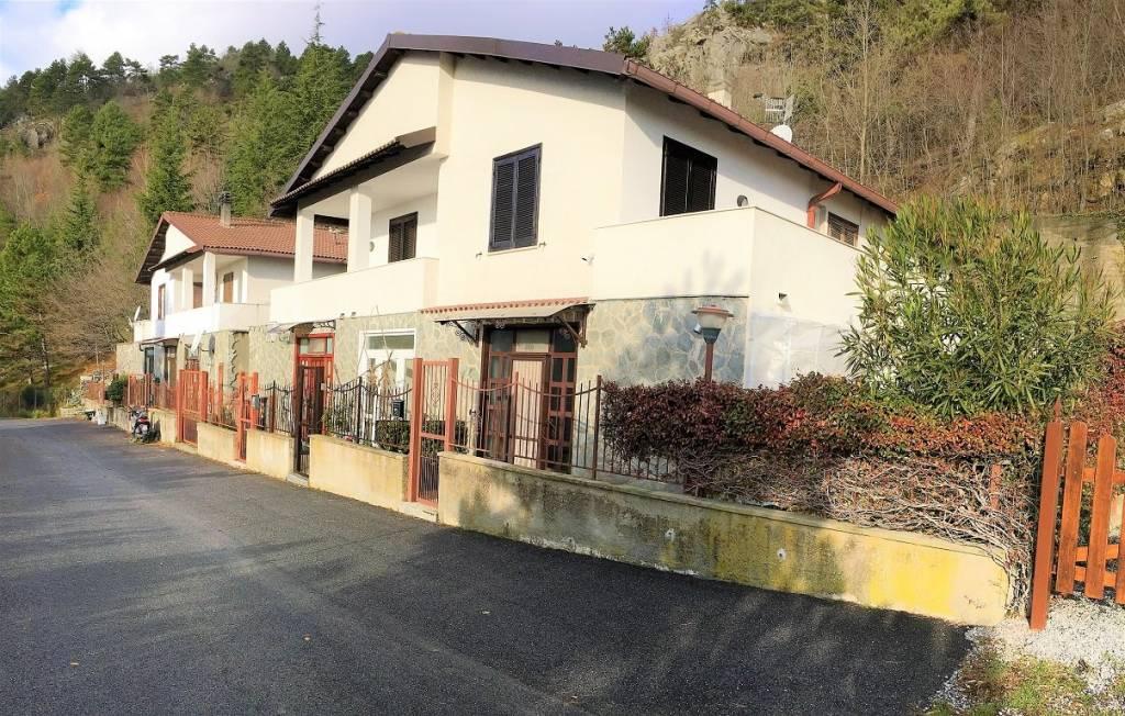 Appartamento in vendita a Balestrino, 3 locali, prezzo € 110.000 | PortaleAgenzieImmobiliari.it