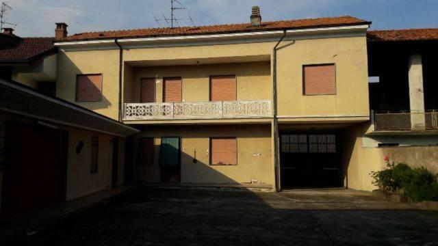 Casa Indipendente in buone condizioni parzialmente arredato in vendita Rif. 4241813