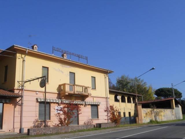 Casa Indipendente in buone condizioni parzialmente arredato in vendita Rif. 4183545