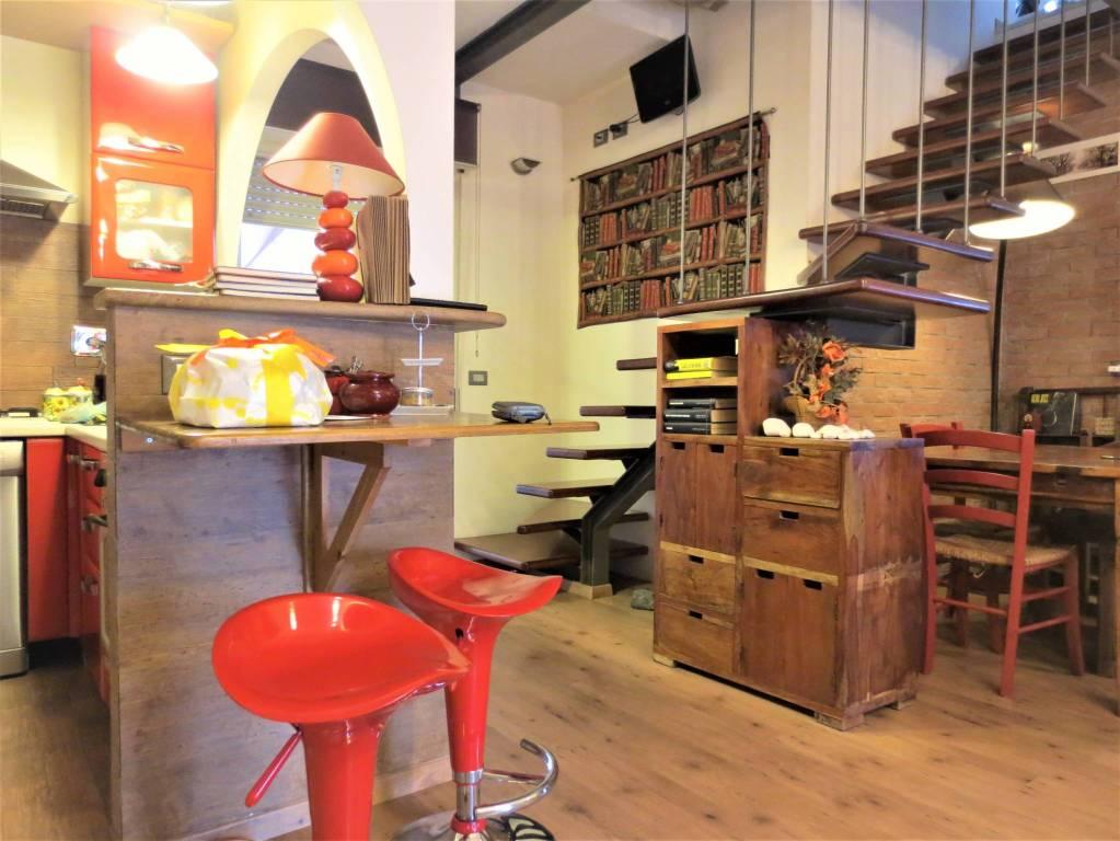 Appartamento parzialmente arredato in vendita Rif. 8818489