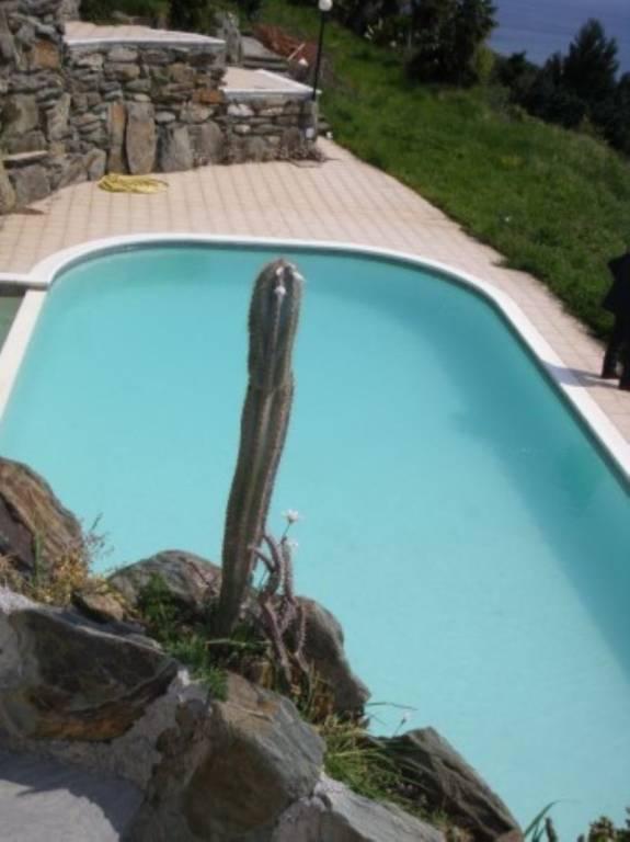 Appartamento in vendita a Arenzano, 2 locali, prezzo € 180.000 | CambioCasa.it