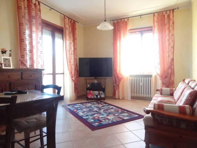 Appartamento in ottime condizioni in vendita Rif. 4481420