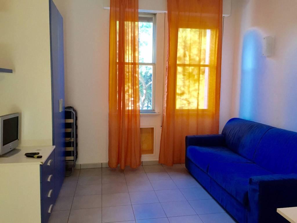 Appartamento in buone condizioni arredato in vendita Rif. 9146147