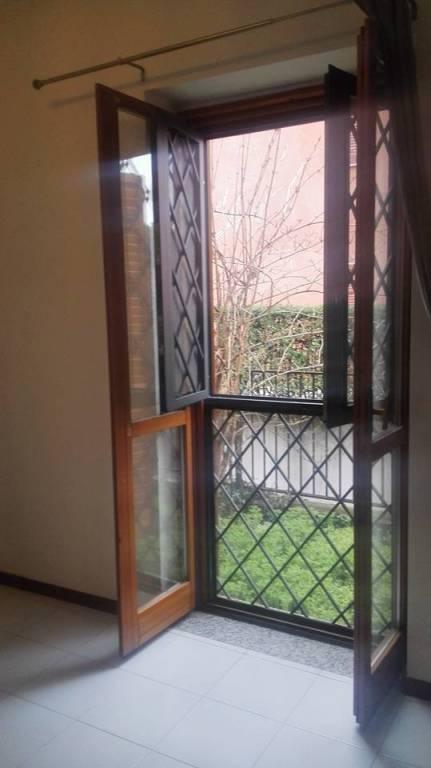 Appartamento in buone condizioni arredato in vendita Rif. 8804663