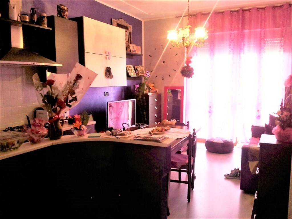 Appartamento in vendita a La Loggia, 2 locali, prezzo € 103.000 | CambioCasa.it
