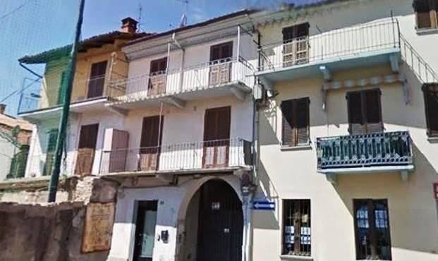 Appartamento in buone condizioni arredato in affitto Rif. 6388901