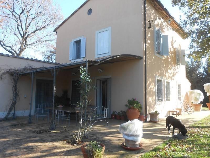 Villa in buone condizioni arredato in vendita Rif. 5094702