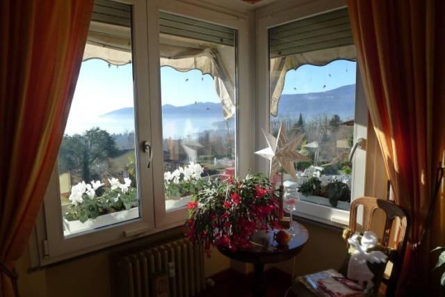 Appartamento in Vendita a Arizzano Periferia: 5 locali, 100 mq