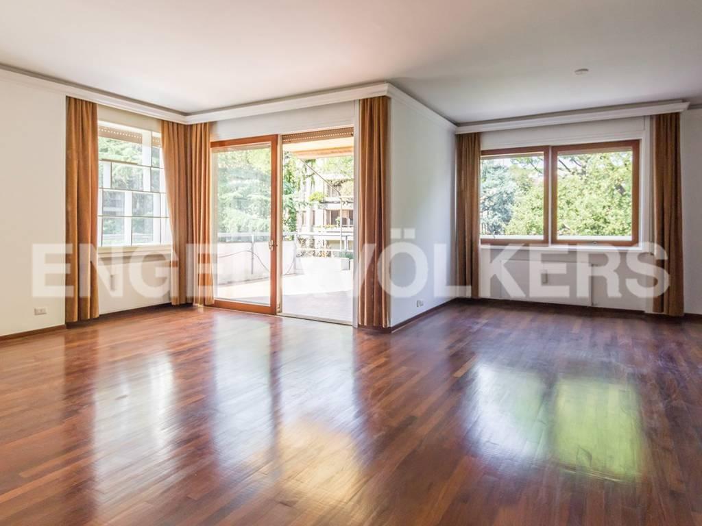 Appartamento in Affitto a Roma 36 Cassia / Olgiata: 5 locali, 145 mq