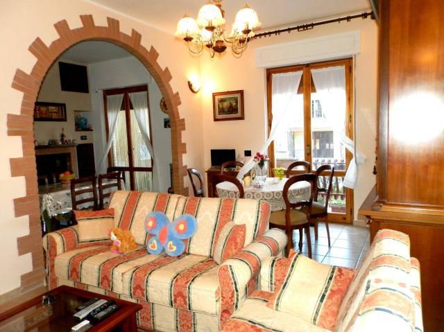 Appartamento in ottime condizioni arredato in vendita Rif. 4254226