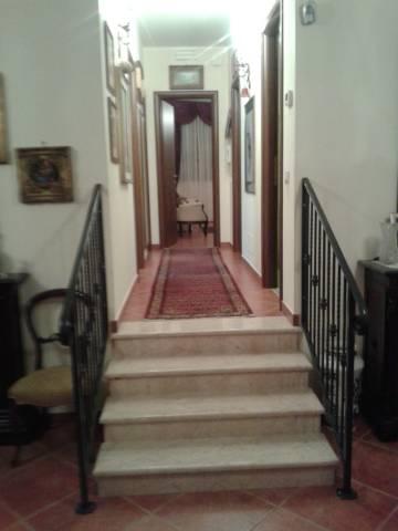 Appartamento in ottime condizioni in vendita Rif. 4952338
